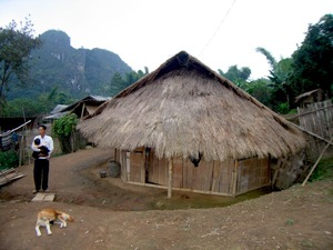 hmong_house.jpg